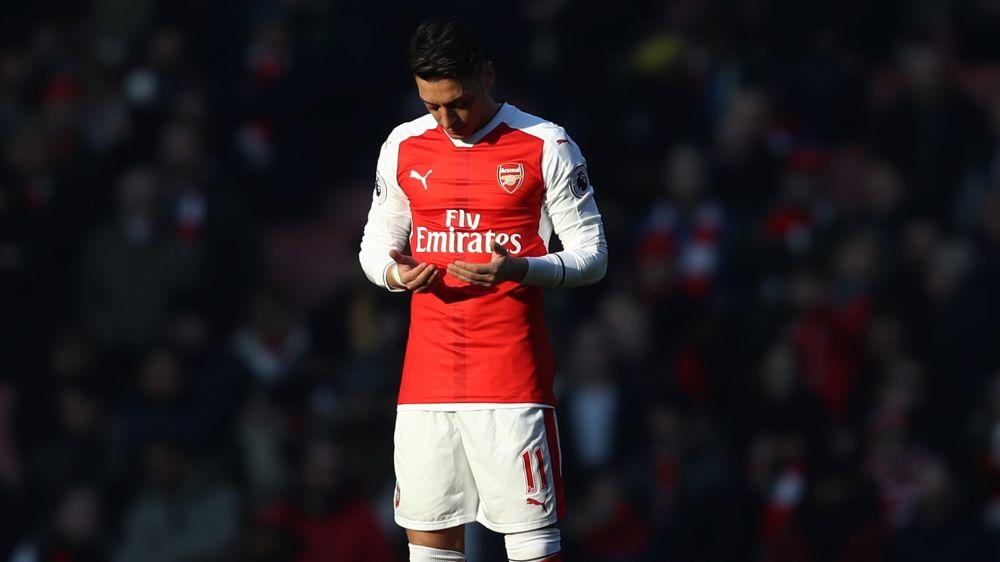 """Arsenal-Coach Wengers Loblied: """"Ich liebe Özil"""""""