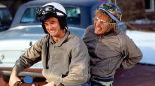 Jim Carrey surprises Jeff Daniels in Dumb and Dumber talk show reunion