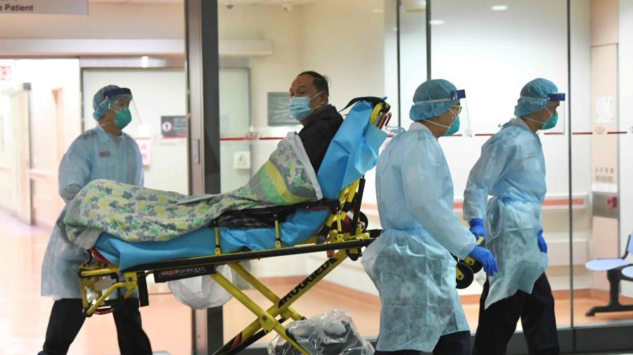 What are the symptoms of China's coronavirus?