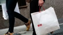 US consumer confidence dampens in December