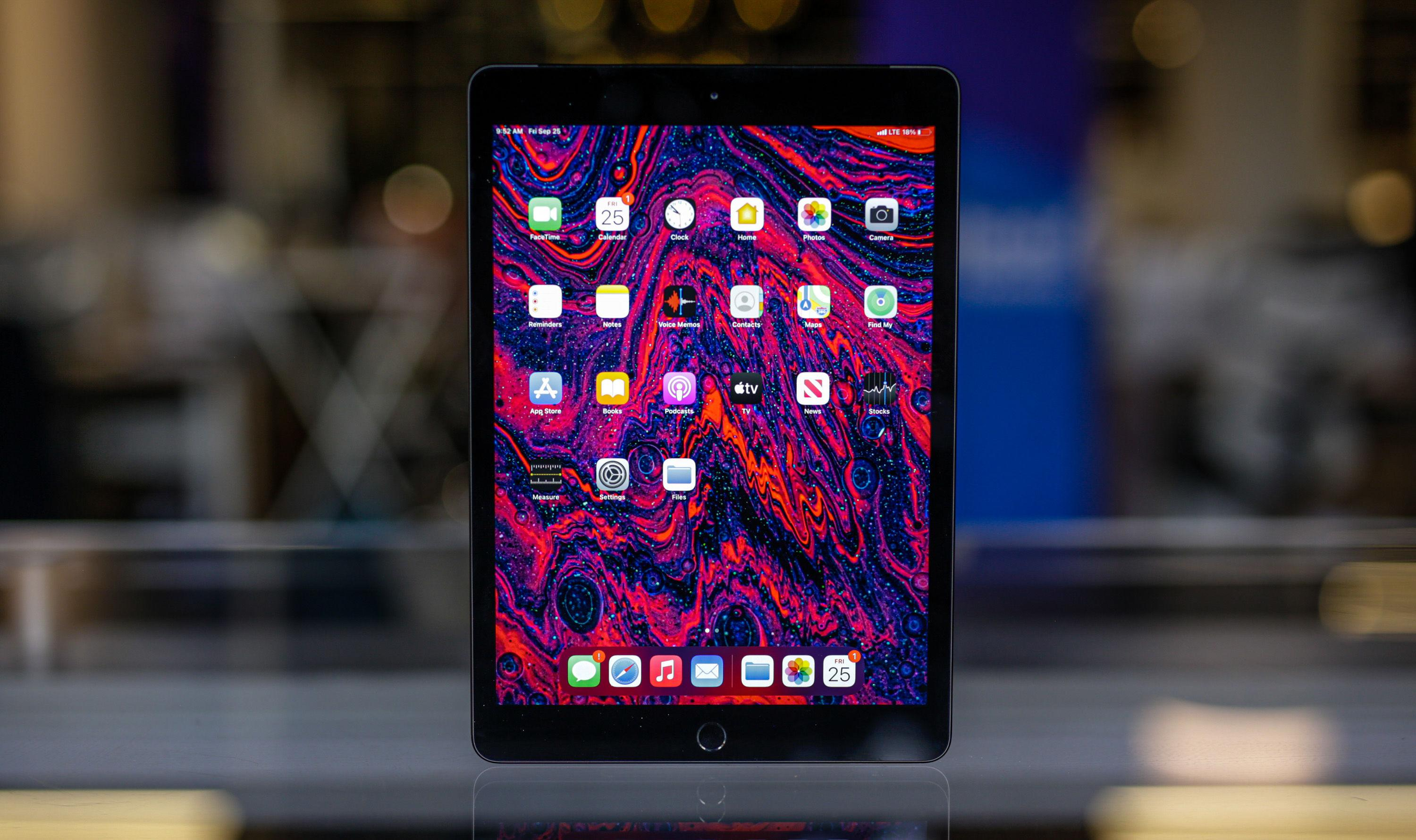 Apple's 10.2-inch iPad returns to a record low of $299 at Amazon - Engadget