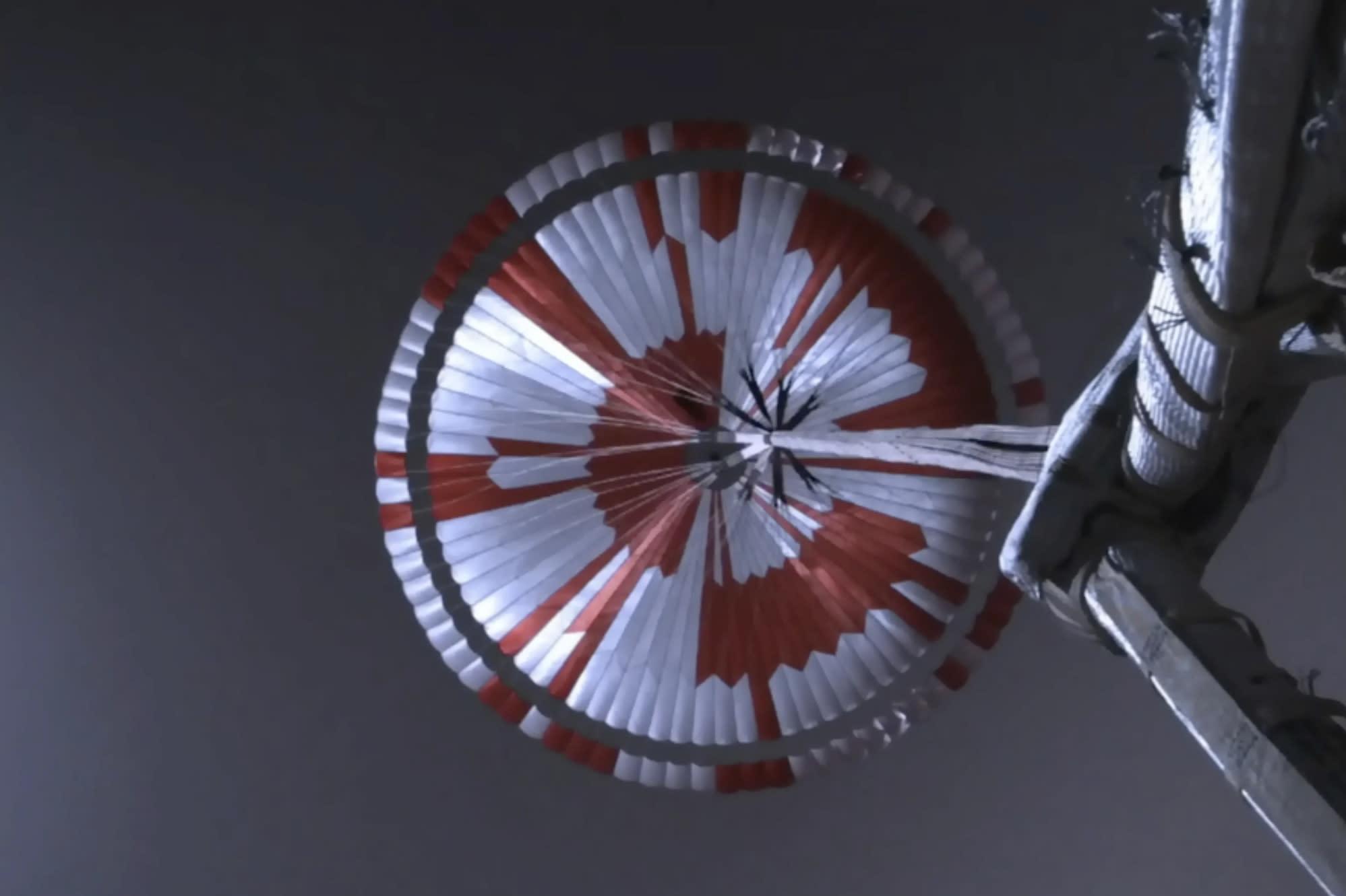 Mars rover's giant parachute carried secret message