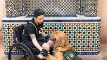 Jovem explica porque é importante perguntar antes de ajudar alguém com deficiência