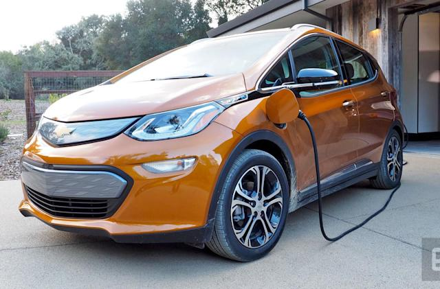 Chevy Bolt outlasts Tesla's Model S in Consumer Reports range test
