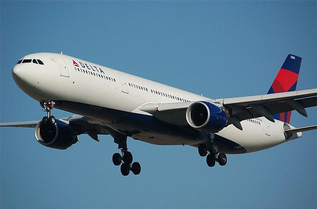 AT&T will try to make in-flight internet worth a damn in 2015