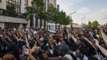 Dix-huit personnes interpellées lors de la manifestation interdite contre les violences policières à Paris