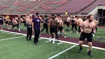 Crazy 'Cats: Northwestern 'warms up' at Minnesota