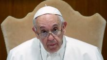 """Papa denuncia las """"penurias y enjuiciamientos"""" que sufren los católicos en China"""