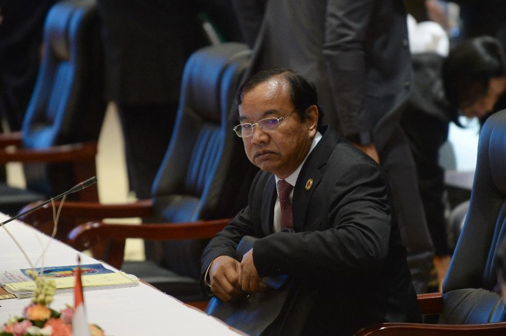 Cambodia's Foreign Minister Prak Sokhon attends the planary session of the Association of Southeast Asian Nations' (ASEAN) 49th annual ministerial meeting in Vientiane, on July 24, 2016 (AFP Photo/Hoang Dinh Nam)