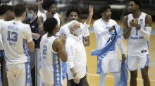 Roy Williams becomes 5th men's college basketball coach to reach 900 wins