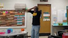 Kindergarteners surprise deaf school custodian by signing 'Happy Birthday'