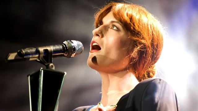 Florence Welch flying high, but still living with Mom