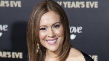 Alyssa Milano arremete contra Matt Damon tras sus polémicos comentarios sobre la conducta sexual inapropiada