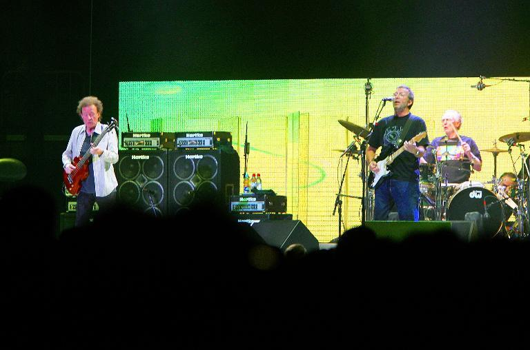 Jack Bruce (left), Eric Clapton and Ginger Baker perform at Madison Square Garden on October 25, 2005 in a Cream reunion concert (AFP Photo/Scott Gries)