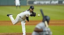 Astros closer Roberto Osuna exits game with arm discomfort, will undergo MRI