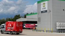 Ocado sees sales growth edge lower in latest quarter
