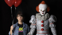 Six foot tall 'It: Chapter Two' Pennywise replica announced