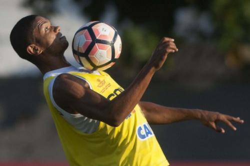 #ForçaLonguine: Artilheiro do Santos no Paca, Braz dedicará gol ao meia