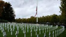 """Medienbericht: Trump nannte im Zweiten Weltkrieg gefallene US-Soldaten """"Verlierer"""""""