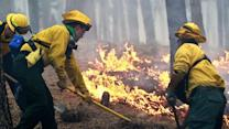 Crews struggle to contain Colorado wildfire