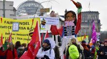 Zehntausende demonstrieren in Berlin für Wende in der Agrarpolitik