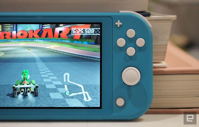 Switch Lite added to class action lawsuit over controller drift