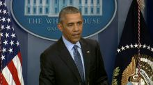 Obama defends Chelsea Manning decision