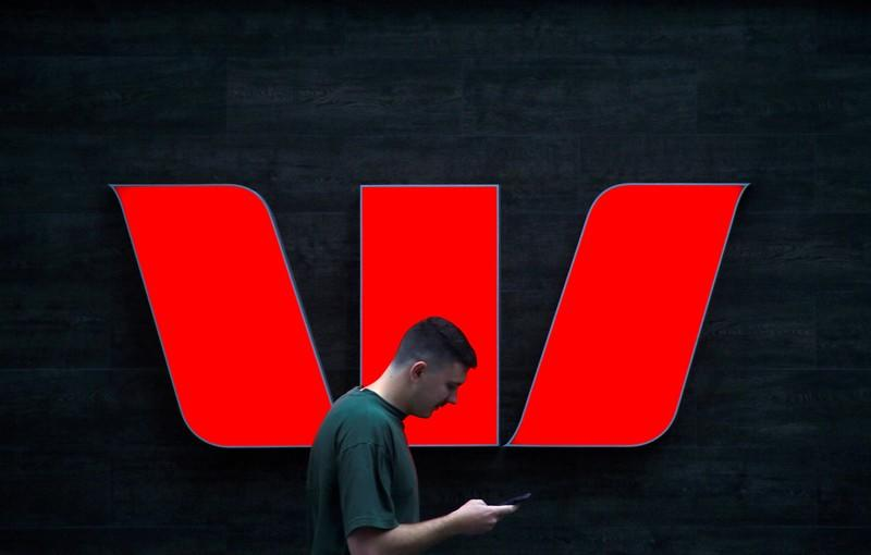 Westpac shares fall as CEO pressure grows