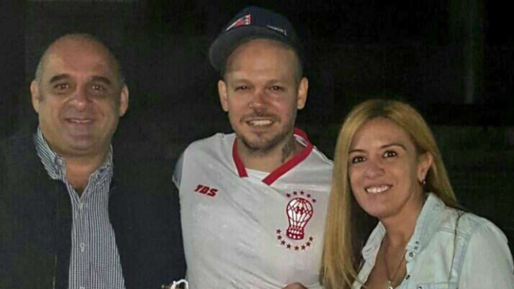 El líder de Calle 13 recibió una especial distinción de Huracán