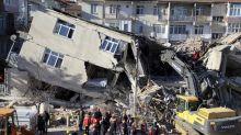 Viele Tote nach Erdbeben im Osten der Türkei