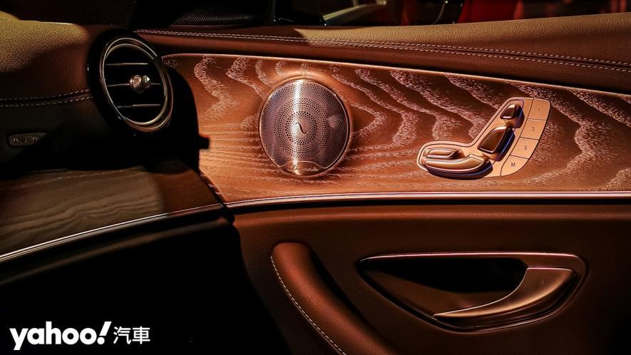 老賓士、新古典!2021 Mercedes-Benz E-Class抵台上市! - 10