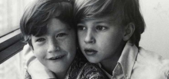 Anderson Cooper posts tribute to late brother