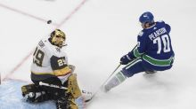 Vegas beats Canucks, move within win of conference finals