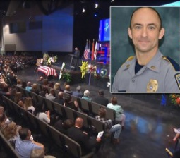 Hundreds Gather to Honor Slain Baton Rouge Cop Shot By Ex-Marine