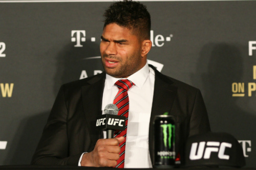 Alistair Overeem nocauteou Mark Hunt no UFC 209 - Rigel Salazar