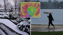 Thousands without power as winter blast smashes east coast