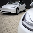New electric car battery can charge in 10 minutes and keep going for 250 miles, scientists say