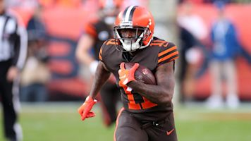 Out of options, ex-Browns WR signs with XFL team