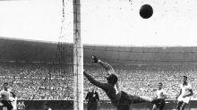 Maracanazo 70 anos: e se Barbosa tivesse visto o gol uruguaio uma semana antes?
