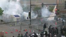 Proteste gegen Polizeigewalt: In den USA brennen Autos und Geschäfte
