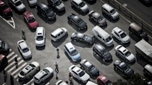 IPhone Manufacturer Gets Into Electric Cars Via Fiat Venture