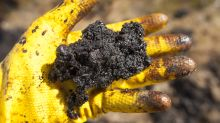 Teck takes $910M hit on Alberta oilsands mine, warns $1.13B more to come
