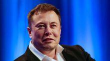 FCC OKs SpaceX, TeleSat Canada bids to expand satellite-based internet service
