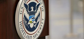 U.S. issues terror alert over antigovernment extremists