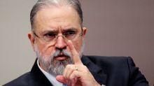 A senadores, Aras reafirma críticas à Lava Jato e diz que República não combina com heróis