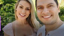 """Após casamento, Andressa Urach anuncia volta para a igreja: """"Estava no fundo do poço"""""""