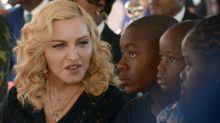 Madonna inaugura unidade pediátrica em hospital no Maláui