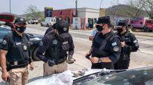 """""""Mulas"""". Les daban falsos permisos de circulación para traficar pasta base de cocaína"""