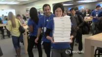 Fans inhale Apple's iPad Air