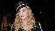 Madonna a un sosie ! La ressemblance avec cette actrice est si troublante qu'elle crée le buzz